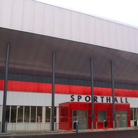 Jakobsbergs Sporthall i dagsljus