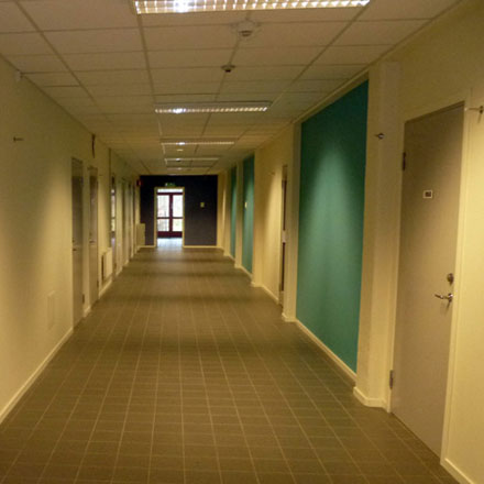 Björkeby_Sporthall Korridor