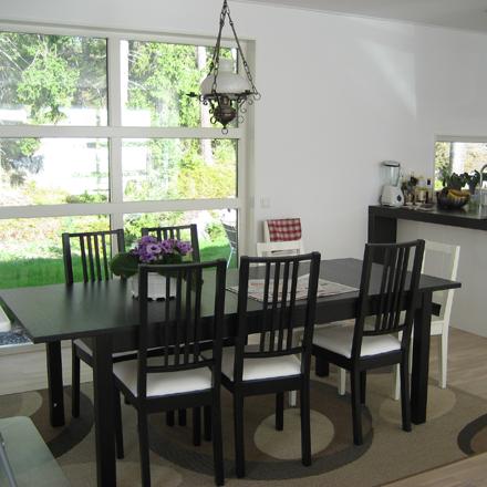 Villa Ektorp matbord